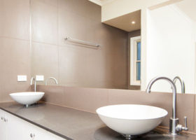laceys-creek-bathroom-crop-featured