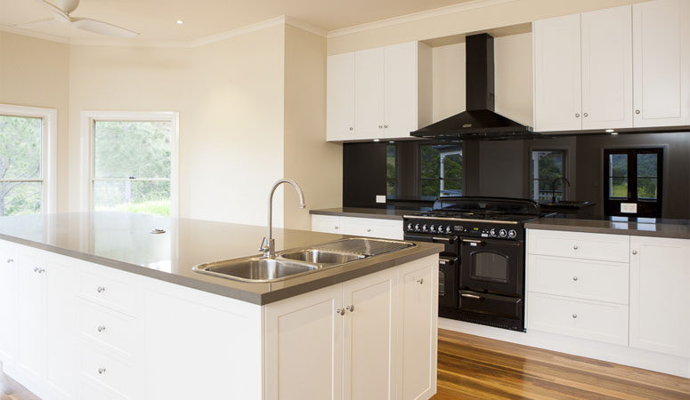 laceys-creek-kitchen-1