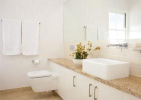 paddington-bathroom-crop-featured
