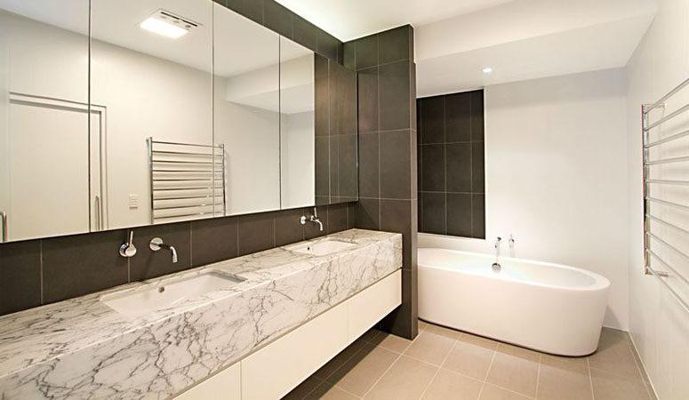 hamilton-bathroom-1