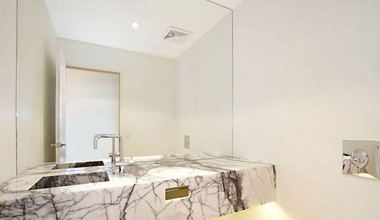 hamilton-bathroom-2
